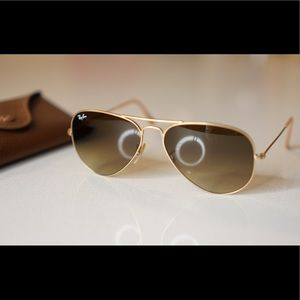 Ray-Ban Aviator Gradient RB3025 Gold/Brown